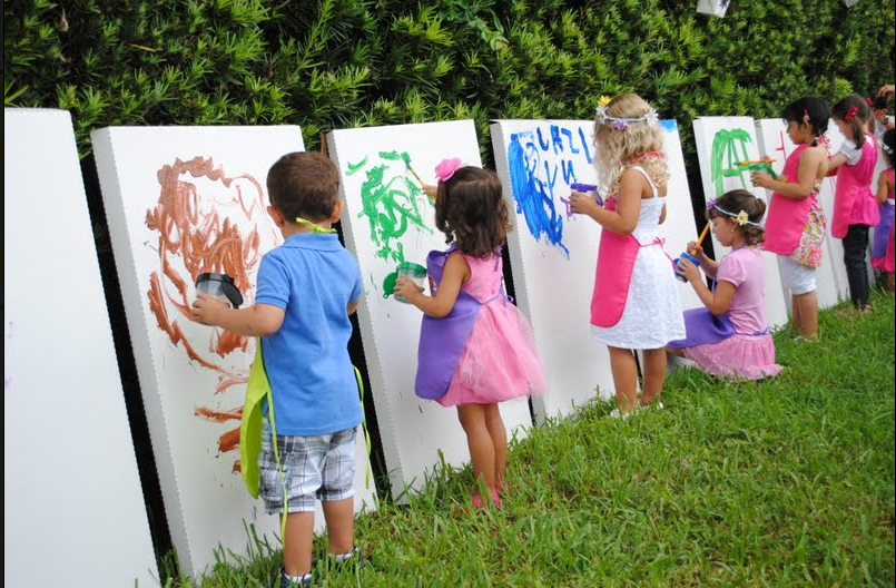 Painters Party In The Park
