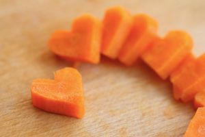 Sophistimom Heart Shaped Carrots